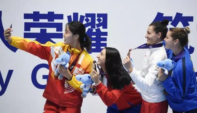 喜报!泰州籍运动员钱佳睿勇夺世军会女子佩剑银牌!