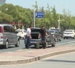 【曝光】出租车随意停、私家车不礼让行人……泰州汽车客运南站附近不文明现象多
