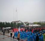 今天,人民海军70华诞!泰州海纪馆前,一场特殊的升国旗仪式……