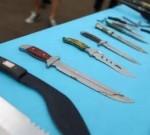 扬泰机场,姜堰一男子竟携带屠宰用的尖刀,结果悲剧了……