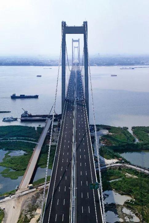 中设设计:再夺桂冠!泰州长江公路大桥喜摘詹天佑奖