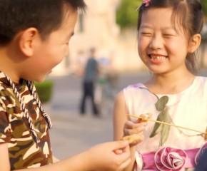 百集微视频《发现泰州之美》第八十二集:童年的味道