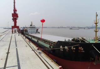 """江苏泰州:在保护性开发中实现长江岸线的""""黄金效益"""""""