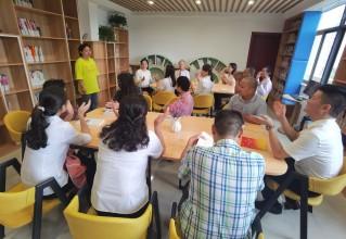 靖江市澄靖园区办事处六圩村:情暖中秋节 关爱残疾人