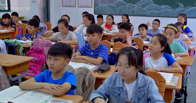 """什么才是""""人民满意的教育""""?怎样办好?""""立言立行""""专栏在教师节说到这个话题......"""