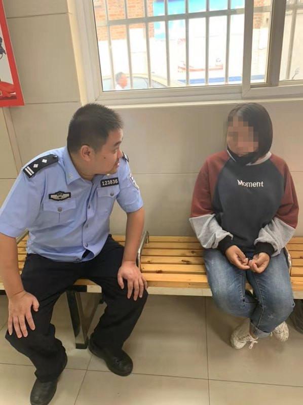 扬州女子打车后不付钱,泰州警察却把她送回了家!