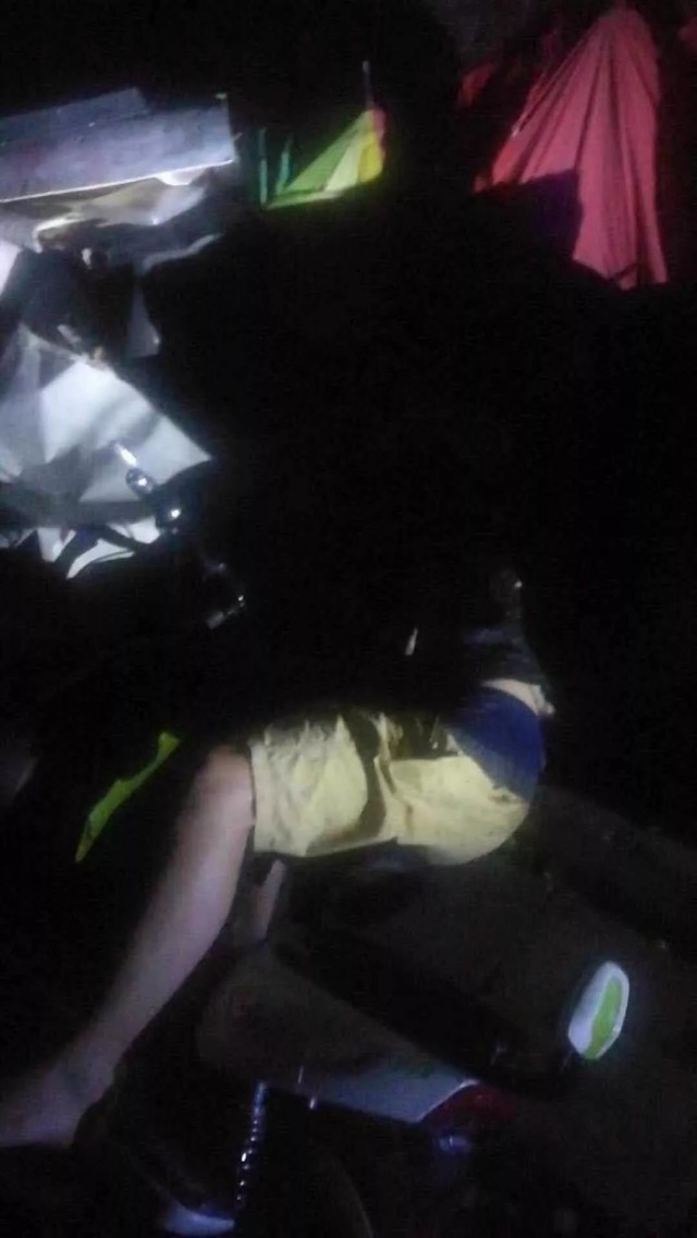 大晚上,姜堰这条小巷里躺了个人……