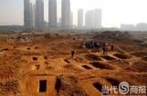长沙一工地发现楚国战士墓葬群 已挖出青铜古剑